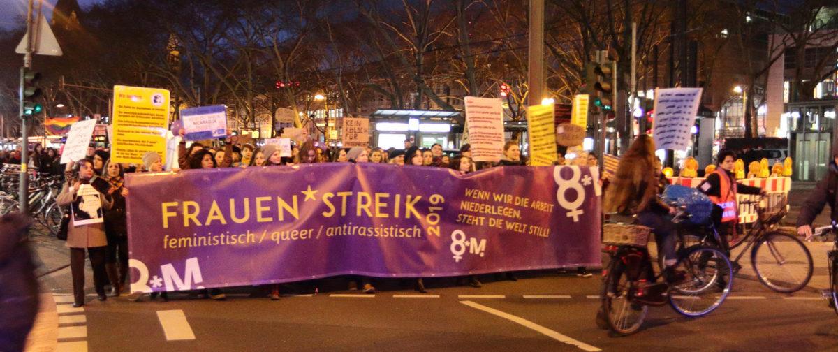Frauen*streik Köln